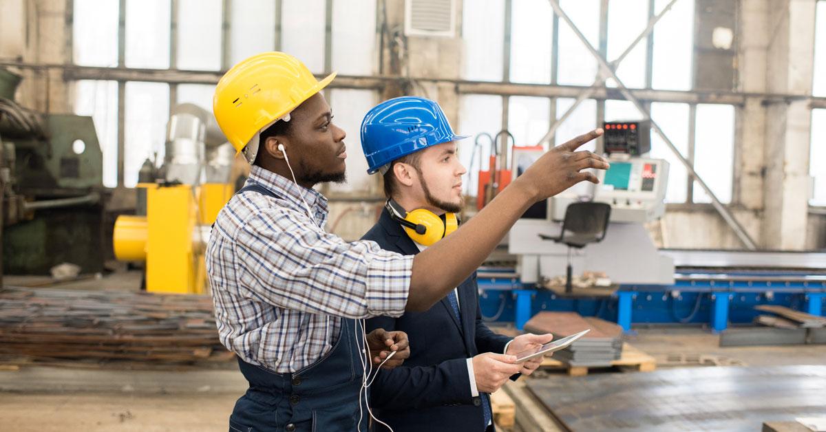 Engineers discussing factory machine, apt spray painting, industrial internet, IIoT