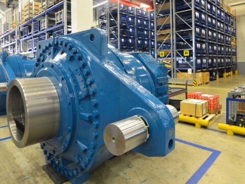 gearboxes for wind turbines, apt spray painting