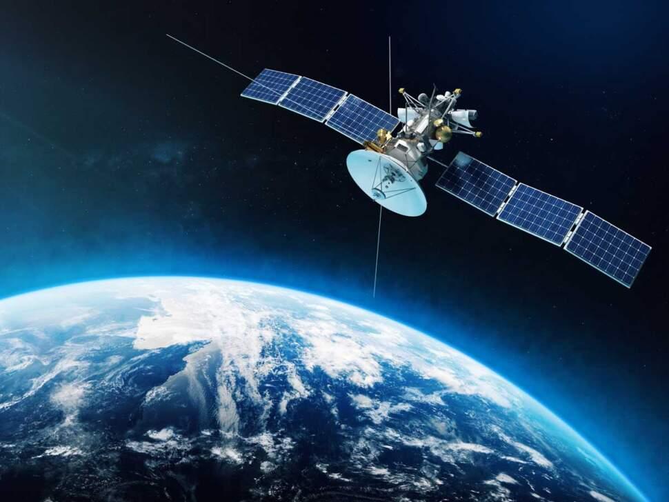 Satellite, apt spray painting